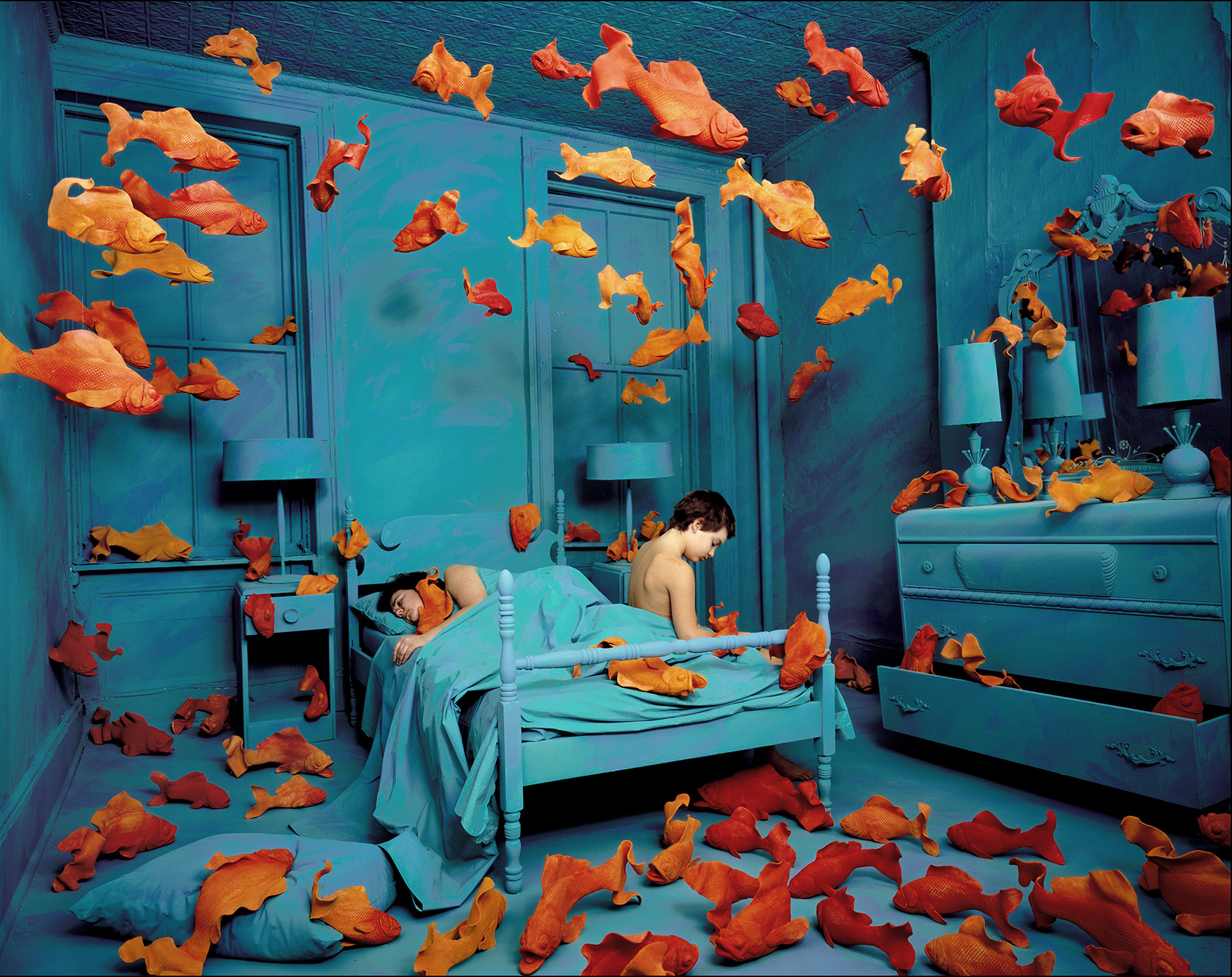 Sandy Skoglund, Revenge of the Goldfish, 1981